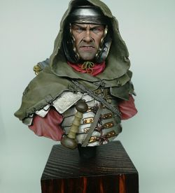 THE AQUILA ROMAN LEGIONARY BUST 200 mm (Nuts Planet)