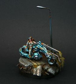 Penthesilea Amazon Biker