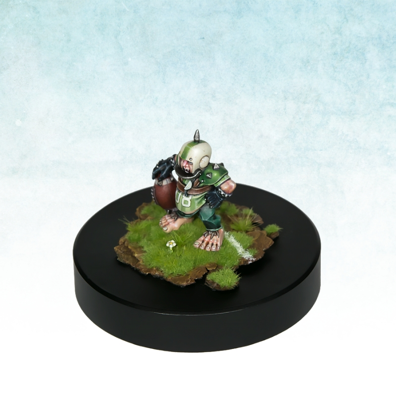 Blood Bowl Halflling