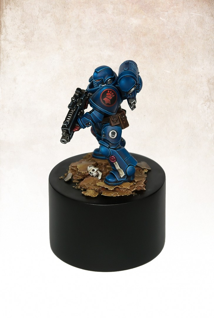 Primaris Crimson Fist Marine