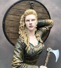 Nutsplanet Shield Maiden
