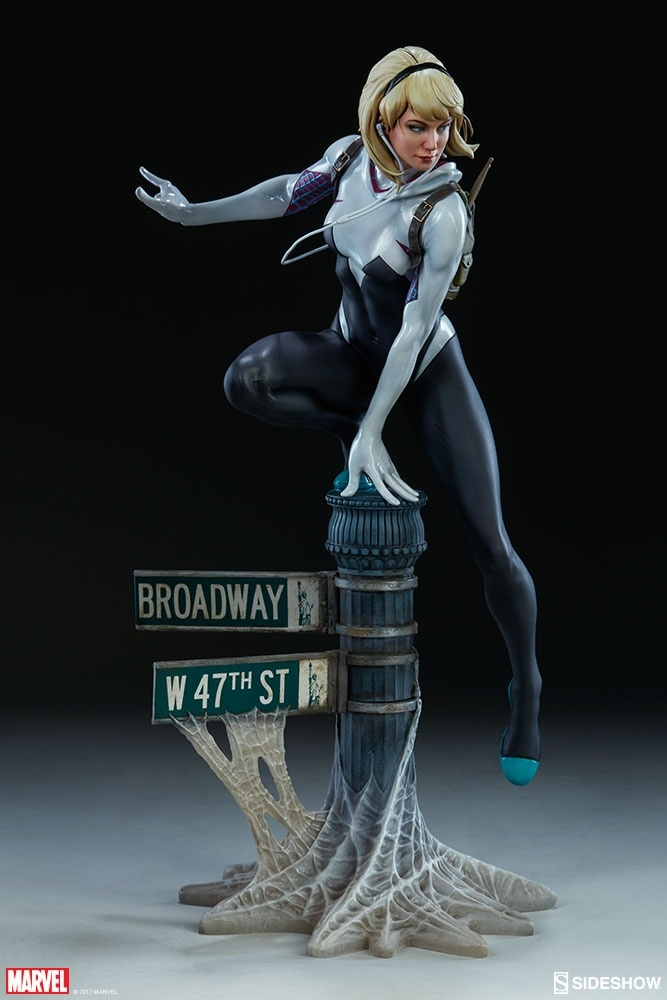 Spidergwen painted for Sideshow