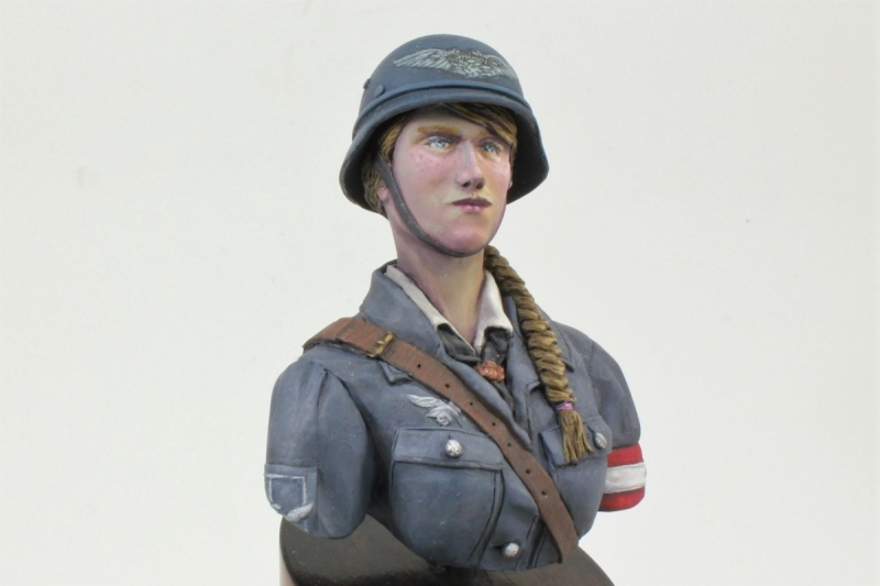 League of German Maidens, 1945