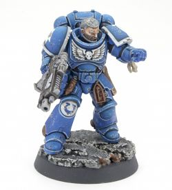 Ultramarine Squad Leader - Using The Army Painter Warpaints