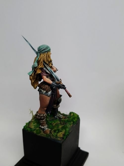 Alaana the Bloody Blade