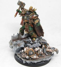 Vulkan - Primarch of the Salamanders