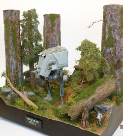 Endor, cat and mice diorama
