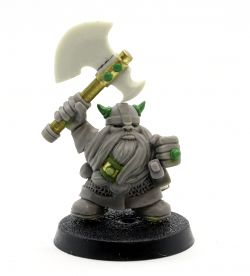 Fantasy Hero Miniatures – Dwarf Fighter