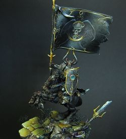 Tzeentch Standard Bearer