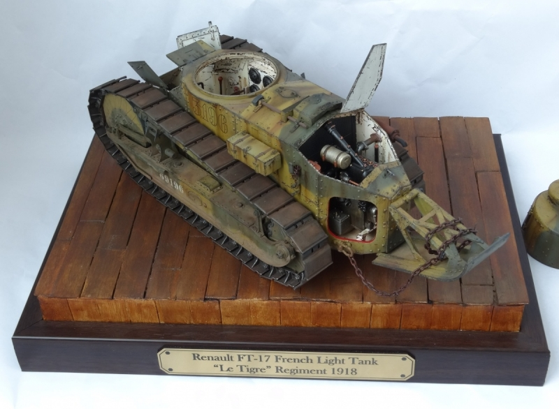 Renault FT-17 1/16