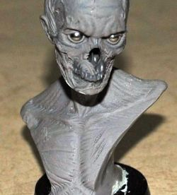 1:6 Walking dead zombie bust