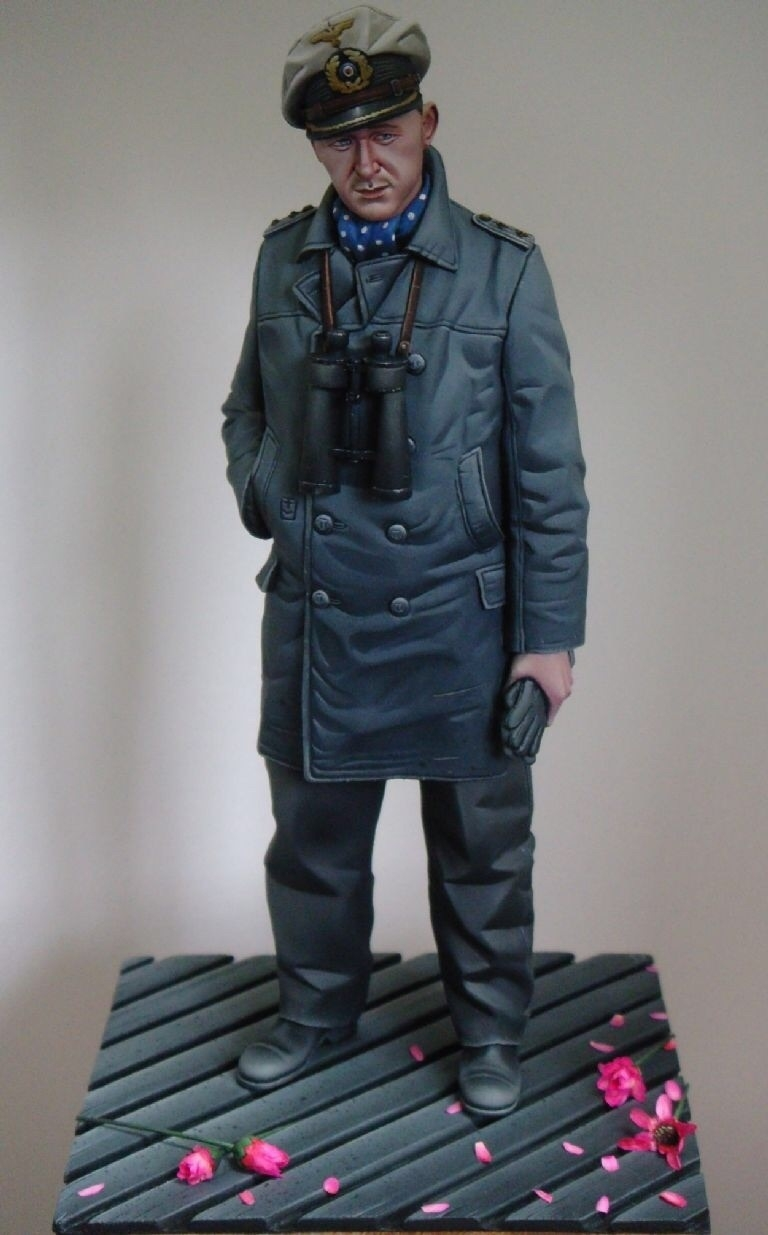 50 shades of Grey! Alpine Miniatures 1/16th scale U-Boat Captain.