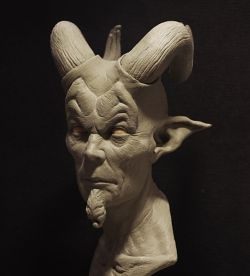 Horned demon : the sculpt