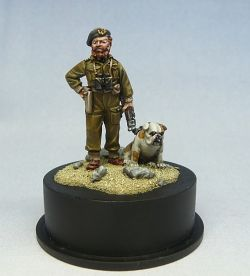 Captain Maud, Salute 2014 figure