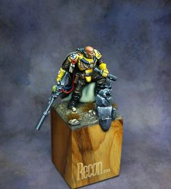 Games Workshop - Imperial Fist Sniper Scout
